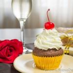 Briose Valentine's cu cirese si crema de sampanie