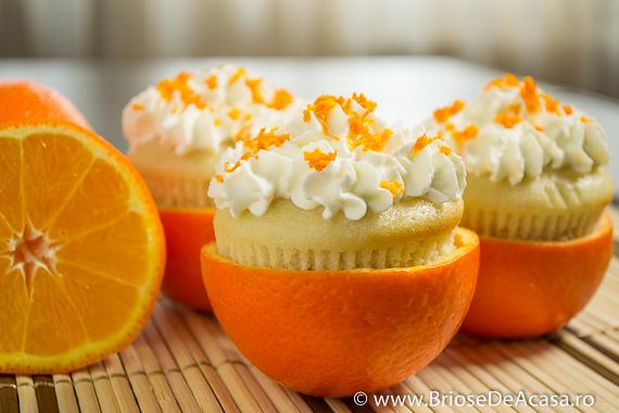 Muffins in coaja de portocala