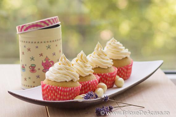 Cupcakes cafea cu lapte