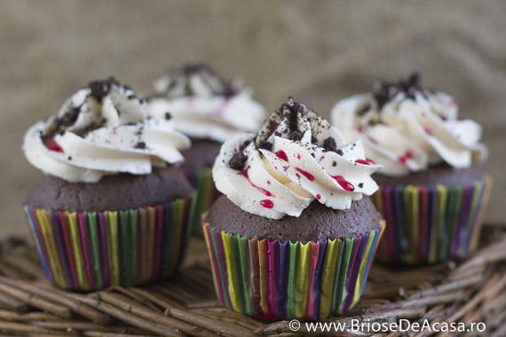 Halloween cupcakes cu Oreo