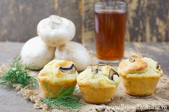Briose aperitiv cu ciuperci si smantana