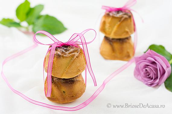 Briose-trandafiri cu ciocolata si crema de whisky