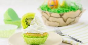 Cupcakes cu kiwi si ciocolata alba