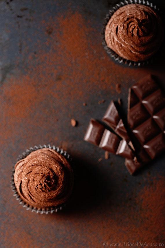 briose-trufe cu ciocolata si multa cacao